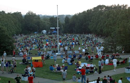 Ault park crowd